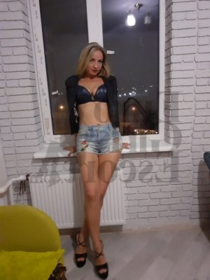 Marie-amandine call girls